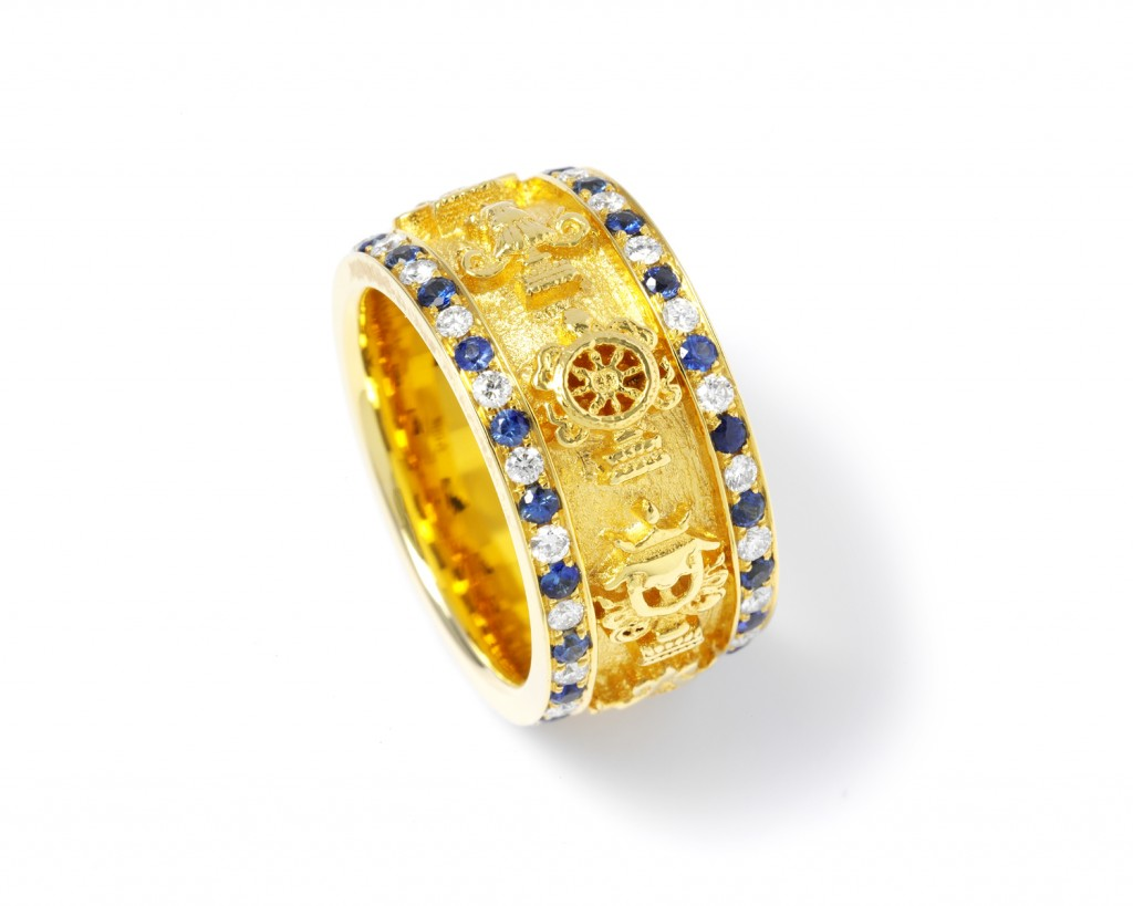 A88y The Eight Auspicious Symbols ring
