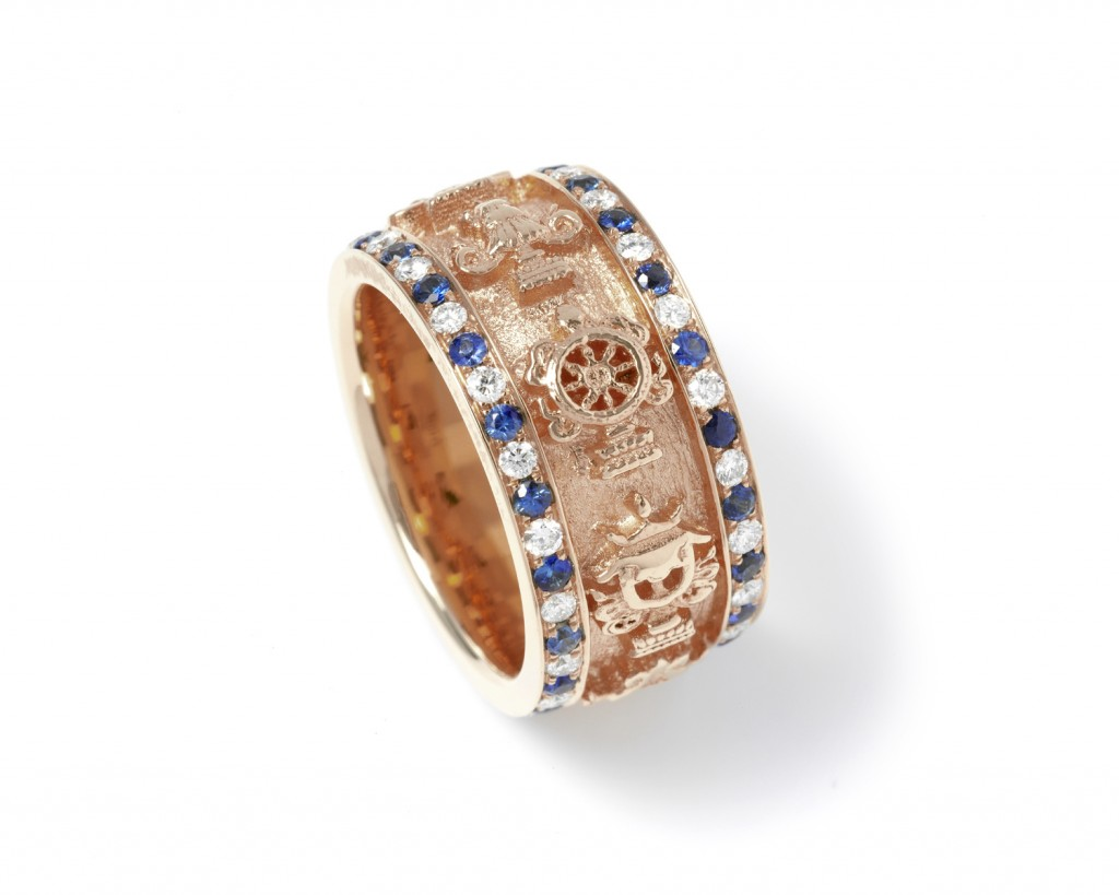 A88r The Eight Auspicious Symbols ring